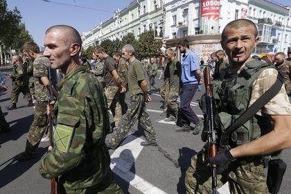 Batı-Rusya gerilimi tırmanıyor - Rusya askerlerinin Ukrayna'daki isyancılara yardım ettiği ile ilgili delillerin ortaya çıkmasının ardından Avrupa'dan tepkiler gelmeye devam ediyor