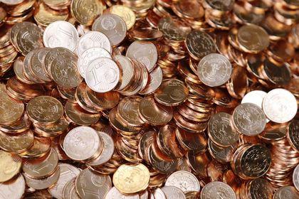 Yatırımcı bu hafta ne kazandı? - Bu hafta BIST 100 yüzde 1,75 yükseldi, 24 ayar külçe altının gram satış fiyatı haftalık yüzde 0,28 değer kaybetti. Dolar  yüzde 1,01 düşerken, euro ise yüzde 1,59 geriledi