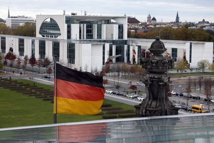 Almanya ekonomisi 2. çeyrekte daraldı - Almanya'da gayısafi yurtiçi hasıla Ağustos ayındaki ilk okumadan revize edilmeyerek, ikinci çeyrekte yüzde 0.2 daralma kaydetti