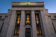 Fed piyasaları 'dengelemeye' çalışıyor
