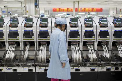 """Çin'de """"imalat"""" güçlendi - Çin imalat PMI'ı bu ay beklenmedik şekilde yükselerek ihracat talebi ile ekonominin emlak sektöründeki düşüşe karşı direndiğine işaret etti"""