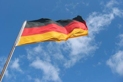 Almanya'da işsizlikte sürpriz azalma - Almanya'da işsizlik Ekim ayında beklenmedik şekilde azalarak, şirketlerin ülke ekonomisinin gücüne yönelik güven duyduğu sinyalini verdi