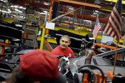 ABD'de işsizlik başvuruları beklenenden az geriledi