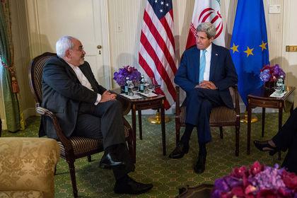 İran nükleer anlaşması için zaman daralıyor - İran ve P5+1 dışişleri bakanları arasında Viyana'da süren nükleer anlaşma görüşmelerinden belirlenen son tarih olan Pazartesi günü öncesi sonuç çıkması gerekiyor