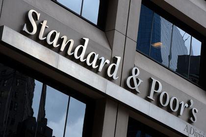 """S&P Ukrayna'nın kredi notunu indirdi - Standard & Poor's, Ukrayna'nın """"CCC"""" olan kredi notunu """"CCC-"""" ye çekerken, görünümünü negatif olarak teyit etti"""