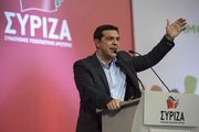 Tsipras: Halkımızın tarihi zaferini kutlayacağız