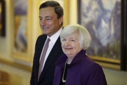 AMB QE'si Fed'in yolunu açabilir - Dolarda yükseliş bekleyenler, Avrupa'nın 1.1 trilyon euroluk tahvil alımı planının Fed'i yıl sonundan önce faiz oranlarını artırmaya yaklaştıracağını belirtiyor