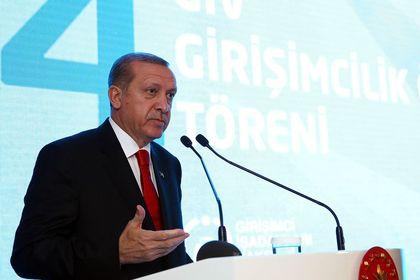 Erdoğan: Merkez'in faiz oranında direnmesini doğru bulmuyorum - Cumhurbaşkanı Erdoğan Merkez Bankası'nın faiz oranında direnmesini doğru bulmadığını belirtti
