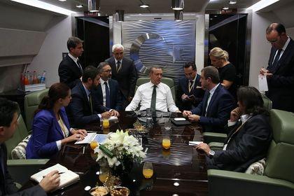 Erdoğan: (Merkez Bankası) Aynı durumdalar - Cumhurbaşkanı Recep Tayyip Erdoğan, S. Arabistan'a giderken Merkez Bankası konusunda değerlendirmelerde bulundu