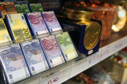 Euro düşüşü 2. güne taşıyor - Euro Fed sonrası yaşanan rallinin sonlanmasının ardından geriliyor (13:33'te güncellendi)