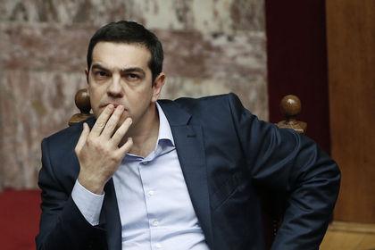 Tsipras muhalefetten destek arayışında - Yunanistan Başbakanı Tsipras, parlamentoda yaptığı konuşmada kurtarma fonlarının garantiye alınması konusundaki çabalarına destek bulma arayışına girdi