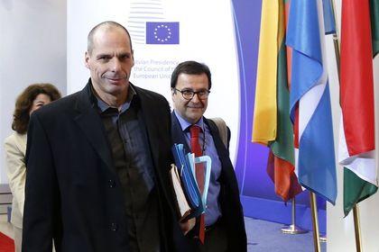 Varoufakis: Büyük tavizler vermeye hazırız - Yunanistan Maliye Bakanı Varoufakis, gerekirse taviz vermeye hazır olduklarını söyledi