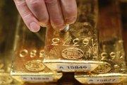 """Altın """"güçlü"""" doların baskısı altında"""