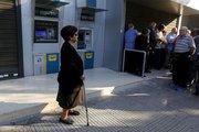 Yunanistan'da emekliler bu hafta 120€ çekebilecek