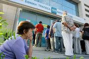 """Yunanistan'da kemer sıkmaya """"Evet"""" diyenler artıyor"""