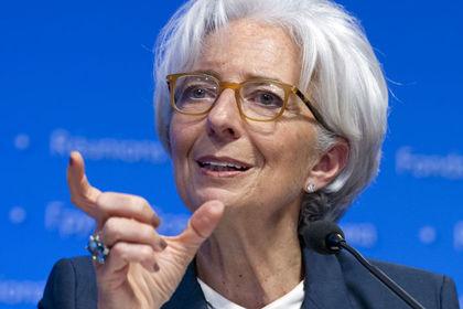 Lagarde: Küresel büyüme kırılgan seyrediyor - IMF Başkanı Lagarde, küresel büyümenin kırılgan seyrettiğini söyledi