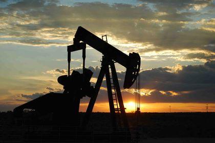 """Petrol """"veri"""" sonrası sert yükseldi - Petrol, ABD ekonomisinin önce açıklanan rakamdan daha hızlı büyümesinin ardından sert yükseldi (21:30'da güncellendi)"""
