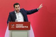 Yunanistan'da anketler başa baş gidiyor