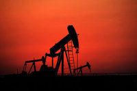 Petrol kayıplarını 12 yılın en düşüğüne genişletti