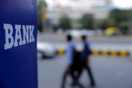 Bankalar üzerindeki küresel baskı artıyor - Yatırımcıların zayıf görünen bankalardan çekilmesiyle, bankalar üzerindeki küresel baskı artıyor