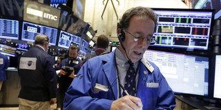 """ABD hisseleri """"bankacılıkla"""" sıçrama yaptı"""