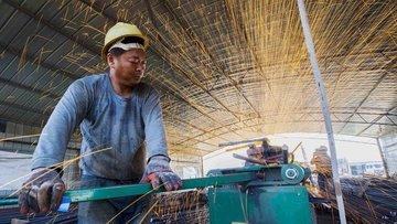 Çin'de özel sektör imalat göstergesi hafif düştü
