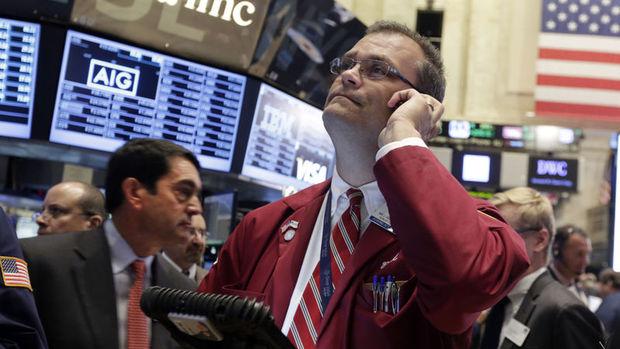 """Küresel piyasalarda """"düşen dolar"""" tedirginliği sürüyor"""