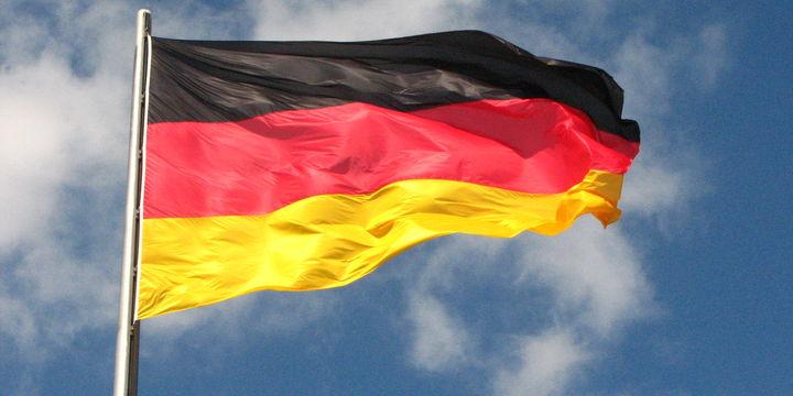 Almanya'da şirketlerin istihdam eğilimi sürüyor