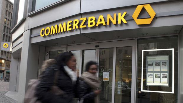 Commerzbank euro/dolar tahminini indirdi