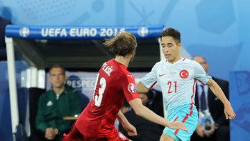 Türkiye tur şansını sürdürdü: 2-0