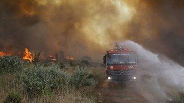 Antalya Olimpos'taki tesis ve evler yangın nedeniyle boşa...