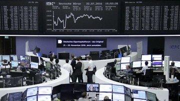Avrupa hisseleri büyüme endişeleriyle haftalık kazancını ...