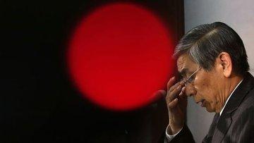 BOJ Abe'nin teşviklerine katılma baskısı altında
