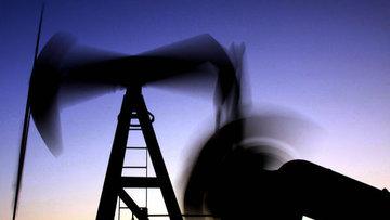Petrol son 1 yılın en kötü aylık performansına hazırlanıyor