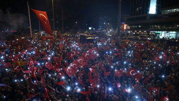 """Türk şirketlerinden dünyaya """"demokrasi"""" ilanı"""