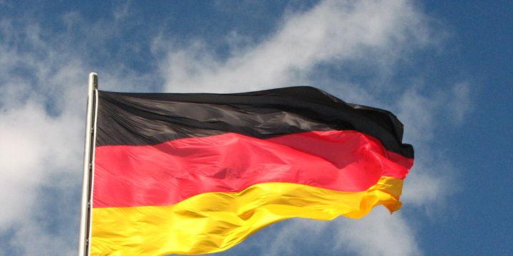 Almanya hizmet PMI