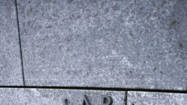 İzlanda MB faiz indirimine gitti