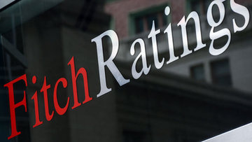 Fitch 3 Türk şirketinin ve 18 bankanın görünümünü negatif...