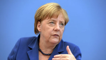 Merkel: Bizim darbeyi kınamamızın doğru ve önemli olduğun...