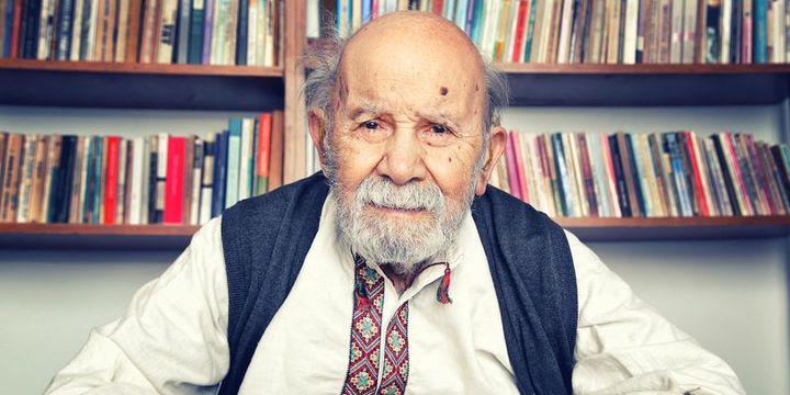 Ünlü yazar Vedat Türkali yaşamını yitirdi
