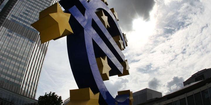 Euro bölgesi güveni geriledi