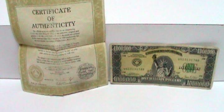 1 milyon dolarlık banknotu satmak isterken yakalandı