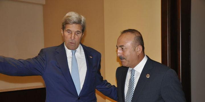 Çavuşoğlu Kerry ile görüştü