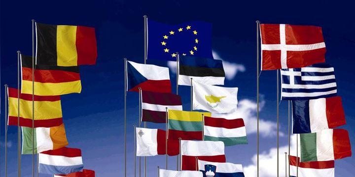 """Euro Bölgesi """"düşük enflasyon"""" çıkmazında"""