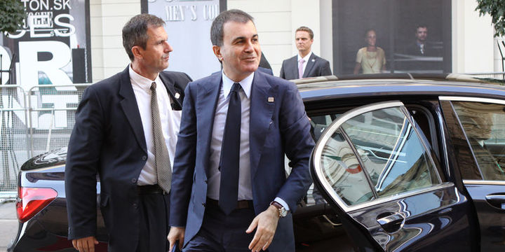 AB Bakanı Çelik El Pais ve Bloomberg