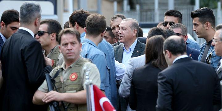 Erdoğan: (Belediyelere kayyum atanması) Bu adım bana göre çok geç kaldı