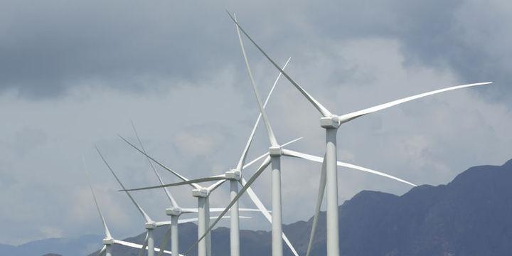 Dünyada enerji yatırımları geriledi