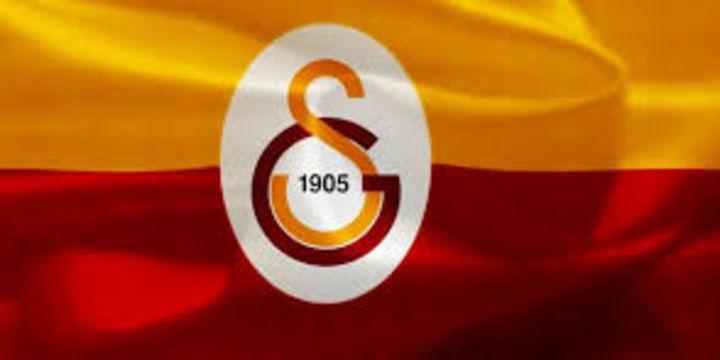 Galatasaray, Hakan Şükür dahil 5 ismi ihraç etti