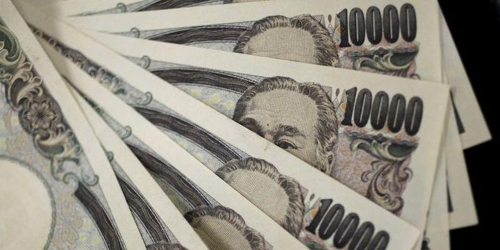 """Yen """"BOJ"""" sonrasında 8 yılın en güçlü yıllık kazancına hazırlanıyor"""