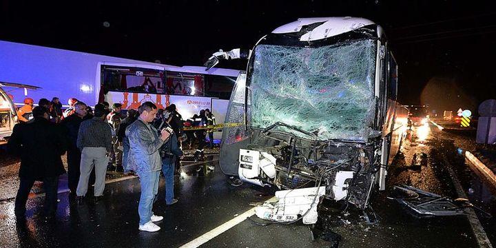 Karabük'te iki yolcu otobüsü çarpıştı: 68 yaralı